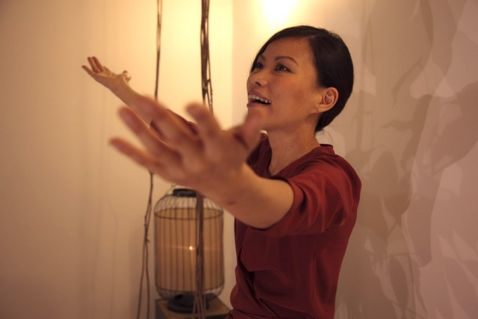 minako-kunda-yoga-d